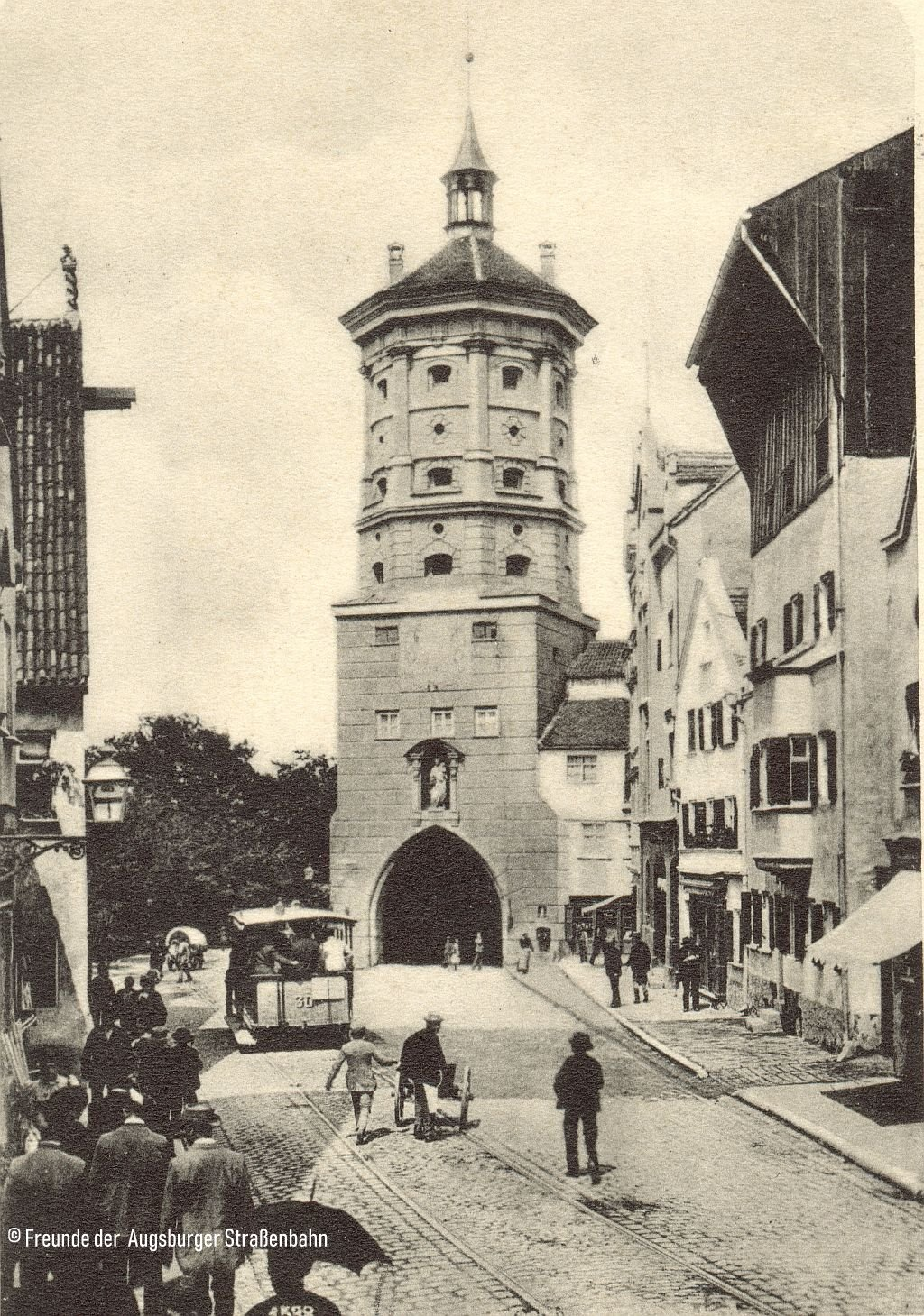 Pferdebahnwagen 30 Baujahr 1881 am Wertachbrucker Tor um 1885