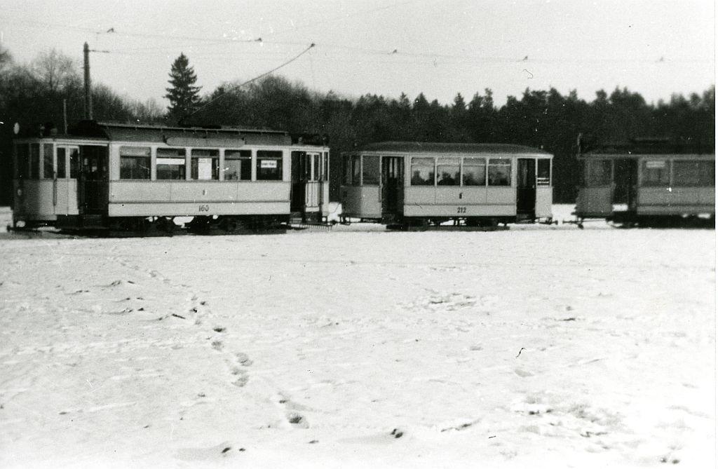 Triebwagen 160 und Beiwagen 212 in der Siebentischschleife