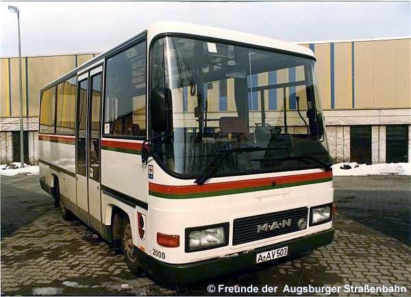 Minibus 2000